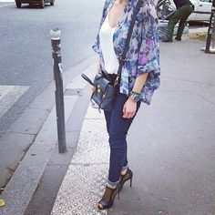 Enfin l'été ! #lookoftheday #look #ootd #outfitoftheday #outfit #wiwt #streetstyle #levis #philiplim #seiko #diver #coraliedeseynes #kimono #opentoes #opentoeshoes #instalook #details #parisianlife