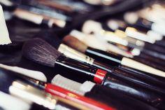 Behind the scenes    Makeup & hair: Candice Mac Nicol
