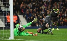 Michy Batshuayi stabs in a shot that wins Chelsea the title