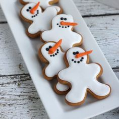 13 Snowmen Sweets Guaranteed to Melt Your Heart Snowman Gingerbread Cookies Xmas Food, Christmas Sweets, Christmas Goodies, Holiday Baking, Christmas Desserts, Christmas Baking, Snowman Cookies, Gingerbread Man Cookies, Fun Cookies
