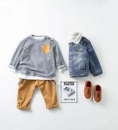 Tenue-look-enfant-bebe-garcon-fashion-baby-boy-outfit-inspo-inspiration-zara-jea… Held-look-child-baby-boy-fashion-baby-boy-outfit-inspo-inspiration-zara-jean-leggings-gray sweater-shirt-straps-moccasins Baby Boys, Toddler Boys, Kids Boys, Boy Babies, Child Baby, Carters Baby, Outfits Niños, Toddler Outfits, Baby Boy Outfits