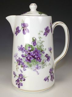 Victorian violets China Cups And Saucers, Teapots And Cups, Sweet Violets, China Tea Sets, Romantic Flowers, China Plates, All Things Purple, Coffee Set, Antique China