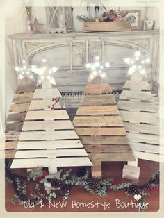 Pallet wood Christmas trees with light up star ❤️ … Pallet Wood Christmas Tree, Primitive Christmas, Country Christmas, Pallet Tree, Christmas Signs, Winter Christmas, Christmas Holidays, Christmas Ornaments, Christmas Projects