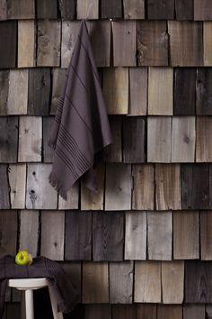Upea saunaseinä on tehty Supi Arcticilla! #tikkurila #maalaustalkoot #sauna #supi #arctic #ruskea #kelo #harmaa Sauna Design, Sauna Room, Best Cleaning Products, Saunas, Western Red Cedar, House In The Woods, Interior Inspiration, Interior Ideas, Garden Furniture
