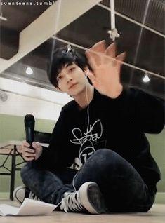 Pre-Debut Jeonghan. Still an angel. Oh I love him!