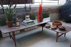 Lane Mid Century Modern Swivel Pivot Coffee Table (U.S.A., 1960's)