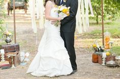 A Drool Worthy Vintage-Chic Styled Wedding Shoot at Heritage Park | Fab You Bliss