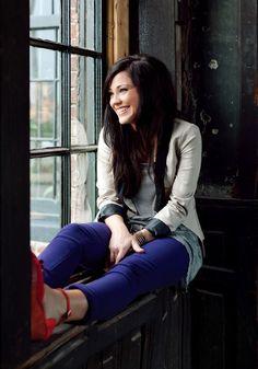 Love Kari Jobe's Style :)