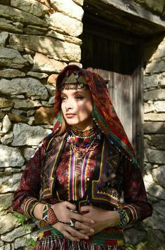 Tribal Dress, Folk Embroidery, Folk Costume, People Of The World, Festival Wear, World Cultures, Fashion History, Traditional Dresses, Ottoman