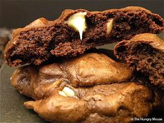 Dark & Fudgey White Chocolate Chip Cookies | The Hungry Mouse