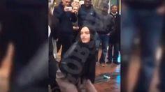 """] BIRMINGHAM * 8 de marzo de 2017. El video de una joven musulmana que bailaba el ritmo sensual del twerking se viralizó en las redes sociales y desde entonces la mujer recibe amenazas de muerte por """"faltarle el respeto la velo"""" de su religión. La imágenes de la joven bailando fueron..."""