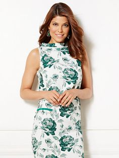 Shop Eva Mendes Collection - Linna Crop Top - Floral . Find your perfect size online at the best price at New York & Company.