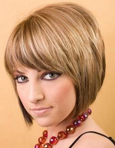 Simple Short Inverted Bob Hairstyles with Bangs for Women Photos - New Hairstyles, Haircuts & Hair Color Ideas Bobbed Hairstyles With Fringe, Short Hairstyles 2015, Fringe Haircut, Bob Haircut With Bangs, Short Hair With Bangs, Short Hair Cuts, Short Hair Styles, Haircut Short, Hairstyles Haircuts