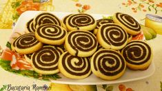 Fursecuri spirale Celebration, Vegan, Cookies, Desserts, Christmas, Recipes, Food, Decor, Biscuits
