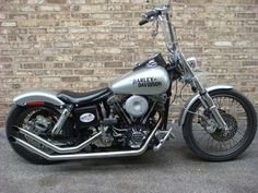 Amazing pictures & video to Harley-davidson fxwg. Harley Davidson Dyna, Harley Dyna, Harley Bobber, Harley Bikes, Harley Davidson Motorcycles, Bobber Motorcycle For Sale, Motorcycle Garage, Harley Wide Glide, Custom Street Bikes
