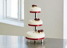 Bryllupskage med solbær og hvid chokoladecreme - se opskriften