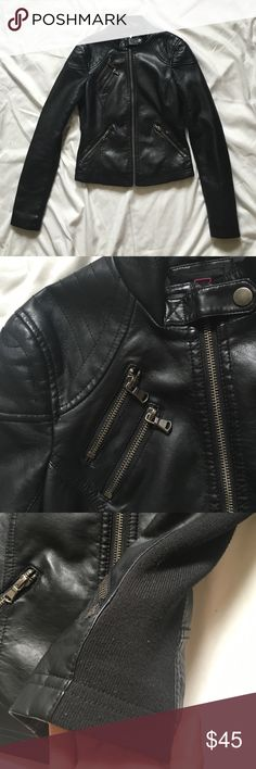 $30 on Ⓜ️💋Black Leather Jacket • Soft Pleather Jacket • Worn a couple of times, but no signs of wear • Lined on the sides and inner arms noted in photo for a form-fitting, flattering look • Let me know if you'd like more photos • All offers are welcome! Material Girl Jackets & Coats