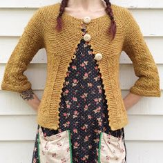 dottie angel: YOTH yarns and my bees knees buddy Veronika . Diy Tricot Crochet, Tunisian Crochet, Crochet Granny, Dottie Angel, Crochet Patron, Granny Chic, Mori Girl, Looks Cool, Mode Inspiration