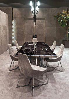 Hacer su hogar aún más de moda con una curated selección de las habitaciones de lujo y de cabina. Ver más inspiración y muebles de diseño aquí www.covethouse.eu #diningchairs