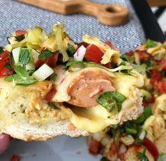 News Cafe, Hot Dog, Mozzarella, Salsa, Meat, Chicken, Breakfast, Food, Morning Coffee