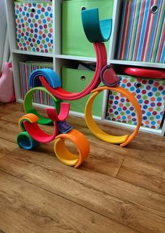 The Most Common Parenting Mistake Of All Reggio Emilia, Grimm's Toys, Grimms Rainbow, Art For Kids, Crafts For Kids, Block Area, Parenting Styles, Parenting Advice, Parenting Classes