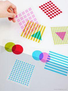Formes et textures à imprimer sur des acétates. Ça tient bien sur des surfaces lisses genre fenêtre, porte patio... On utilise ça conjointement avec la boîte lumineuse de chez IKEA, vraiment génial! On superpose les formes, textures et couleurs. Super exploration! Toujours chez www.mrprintables.com