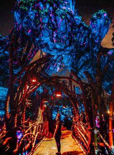 Avatar Disney World, Disney World Florida, Walt Disney World, Pandora Disney World, Disney Resorts, Disney Trips, Disney Travel, Pandora Animal Kingdom, Avatar Animals