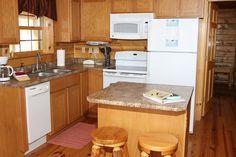 Oak Valley Fully Equipped Kitchen. www.valleyviewcabins.com #HockingHills #HotTub #LogCabin