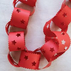 Possibly the cheapest and easiest DIY Christmas decoration. Putting paper chains up with your housemates?