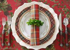 It's Christmas in July and Boxwood Napkin Rings add some fresh greenery to your holiday table! It's also a great excuse to skip pruning your boxwood shrubs now,…