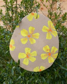Easter crafts, games and activities – Childsplayabc ~ Nature is our playground crafts eyfs Easter crafts, games and activities Egg And Spoon Race, Easter Arts And Crafts, Easter Tree Decorations, Homemade Paint, Shape Puzzles, Easter Activities, Nature Crafts, Art For Kids, Playground