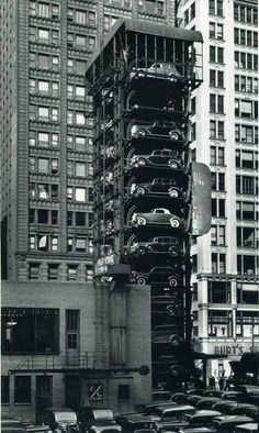 Elevator Garage with Parking Lot. John Gutmann Elevator Garage with Parking Lot Chicago, 1936 Vintage Pictures, Old Pictures, Old Photos, Nyc, Foto Poster, Photos Originales, Vintage New York, Parking Lot, Chicago Parking