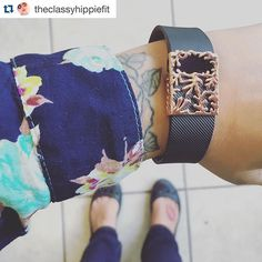 Nothing makes our Fridays happier than seeing a great customer #getbytten pic. #Repost @theclassyhippiefit (pictured: rose gold Matisse slide for #Fitbit Charge & Charge HR) ・・・ Who says your #fitbit has to be unfashionable?! #getbytten #rosegold @getbytten #fitbitcharge #weightwatchers #weightlossjourney