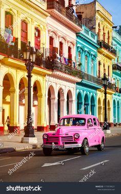 Cuba : Safari photo à La Havane Through your lens, travel around Havana with a photographer to learn Bikini Bootcamp, Trinidad, Happy Playlist, Cuba Itinerary, Cuba Photography, Places To Travel, Places To Visit, Travel Destinations, Safari Photo