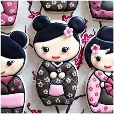 My favorite cookies to make, Kawaii Kokeshi Dolls! ^_^