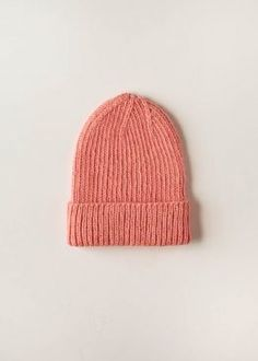Classic Ribbed Hat | Purl Soho Slouch Hat Knit Pattern, Beanie Knitting Patterns Free, Hand Knitting, Knit Crochet, Crochet Hats, Crotchet, Crochet Granny, Purl Soho, Garter Stitch