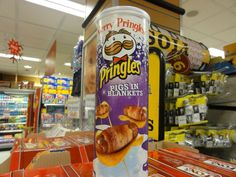 This is a Pringles flavor in Ireland... - Imgur