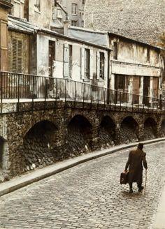 Rue Saint-vincent, Montmartre. Peter Cornelius