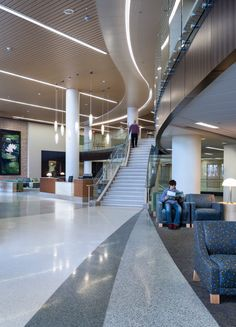 Gundersen Health System is an integrated healthcare organization serving 19 counties in western Wisconsin. KI provided innovative healthcare furniture, including Soltice Lounge  Seating.