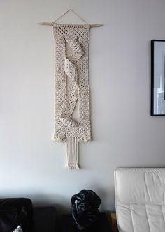 Macramé Wall Hanging by MyMacrameArt on Etsy https://www.etsy.com/listing/495417487/macrame-wall-hanging