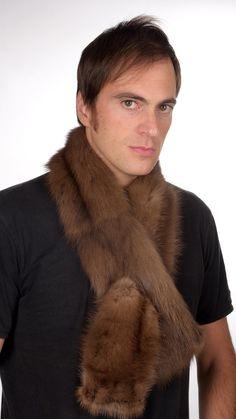 Pregiata sciarpa pelliccia in zibellino naturale. Soffice, caldo ed alla moda. Crea il proprio stile. Made in Italy.   www.amifur.it