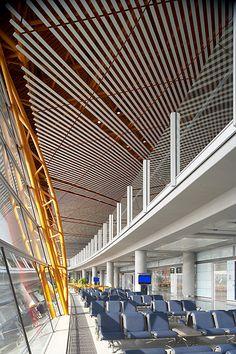 Gallery of Beijing Airport / Foster + Partners - 27