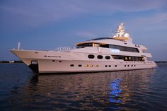 luxury yachting - M/Y Casino Royale