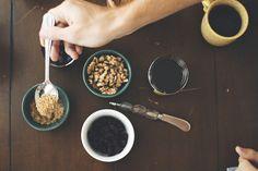 making breakfast (via everyday musings)