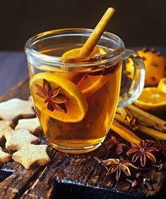 Grog with orange slices and spices, star-shaped biscuits – License high-quality food images for your projects – Rights managed and royalty free – 400953 Mulled Wine, Orange Slices, My Cup Of Tea, Mini Desserts, Tea Recipes, Fun Drinks, Beverages, High Tea, Drinking Tea