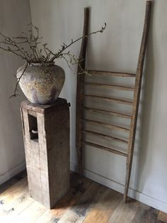 Houten draagbaar Ladder Decor, Home Decor, Accessories, Deco, Decoration Home, Room Decor, Home Interior Design, Home Decoration, Interior Design