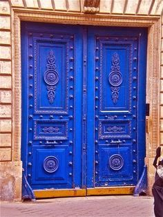 COLORFUL DOORS OF THE WORLD