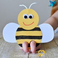 Incredibly Cute Bee Finger Puppets Craft It's clear we have a new favorite kind of craft in our house…finger puppets! Each new day brings new ideas for fun critters we want to make and our latest bee finger puppets are soooo super adorable that you are going to want to immediately turn off your computer and go make them with your …<br> It's clear we have a new favorite kind of craft in our house…finger puppets! Each new day brings new ideas for fun critters we want to make and our latest bee… Bee Crafts For Kids, Spring Crafts For Kids, Toddler Crafts, Children Crafts, Summer Crafts, Puppet Crafts, Craft Stick Crafts, Fun Crafts, Craft Ideas