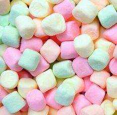 Image via We Heart It https://weheartit.com/entry/158815586/via/16924430 #colors #green #marshmellow #pastel #pink #yellow