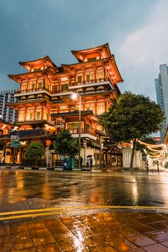 See the list of the best travel destinations for 2019 for luxury travelers all around the world. Meet and see diferent cultures with style. Singapore Travel Tips, Singapore Itinerary, Singapore Photos, Wanderlust Singapore, Singapore Singapore, Places To Travel, Places To See, Travel Destinations, Wanderlust